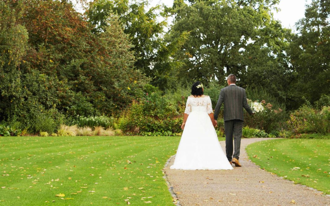 Avoiding Corona Wedding Restrictions in Surrey: Plan an Outdoor Wedding